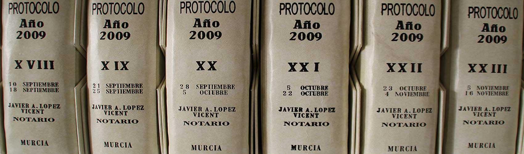 Javier-Alfonso-López-Vicent-Villaleal-protocolo-escritura-notaría-murcia-notario-centro-capital-cerca-plateria-traperia-slide